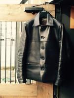 ホースレザージャケット(ラディアル)を着込んだ革の経年変化(エイジング)
