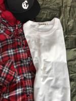 COOTIE新作のカーブヘムTシャツを使ったコーデスタイル